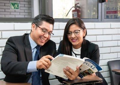 Alumnos UDL Licenciatura en Derecho